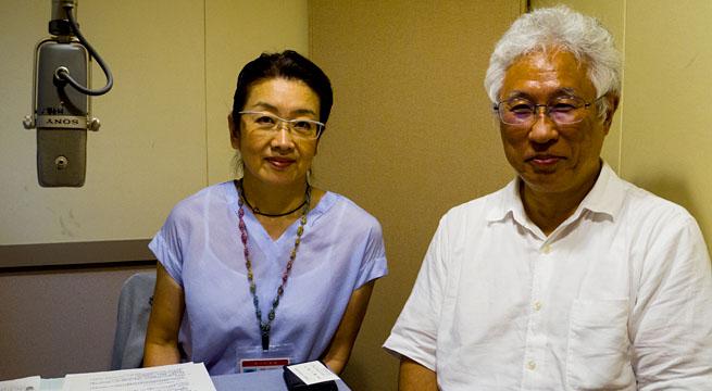 写真:共用品推進機構 星川安之さんと日本点字図書館 川島早苗さん